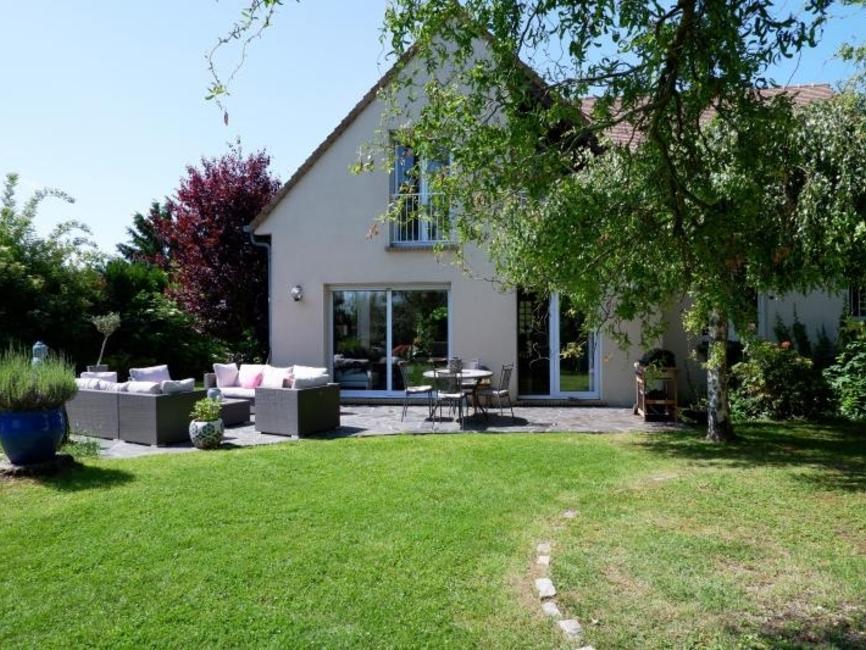 Vente Maison 7 pièces 180m² Magny les hameaux - photo