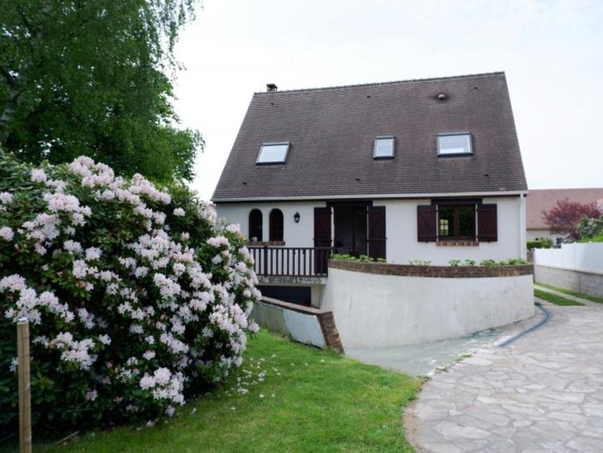 Sale House 6 rooms 115m² Magny les hameaux - photo