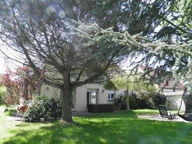 Sale House 7 rooms 180m² Magny-les-Hameaux (78114) - photo