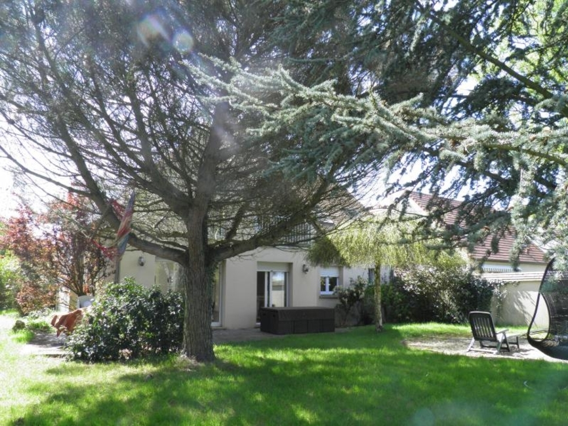 Vente Maison 7 pièces 180m² Magny-les-Hameaux (78114) - photo