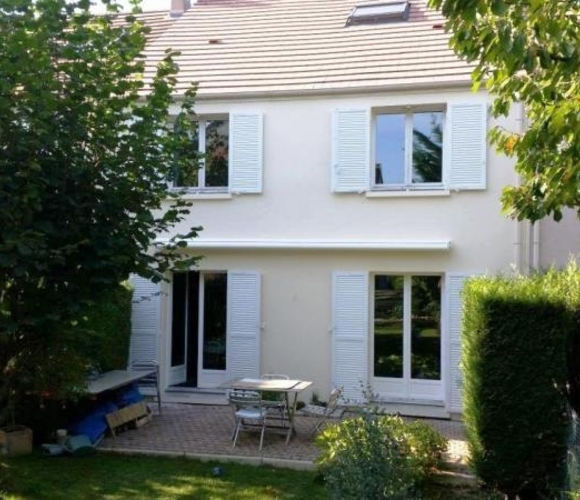 Sale House 6 rooms 125m² Voisins-le-Bretonneux (78960) - photo