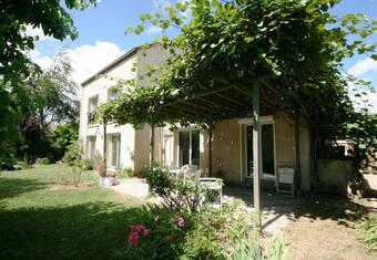 Vente Maison 9 pièces 280m² Voisins-le-Bretonneux (78960) - photo