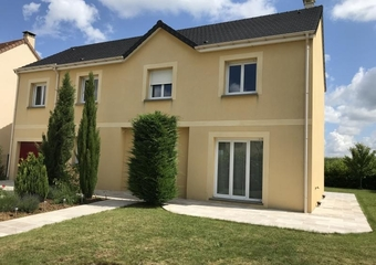 Renting House 8 rooms 162m² Toussus-le-Noble (78117) - Photo 1
