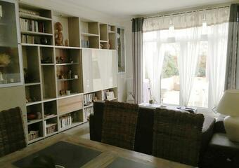 Sale Apartment 5 rooms 110m² Voisins-le-Bretonneux (78960) - photo