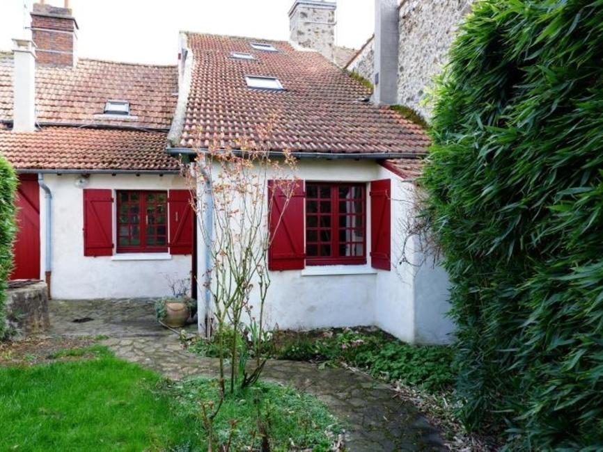 Sale House 4 rooms 100m² Le mesnil st denis - photo
