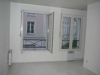 Renting Apartment 1 room 22m² Voisins-le-Bretonneux (78960) - Photo 1