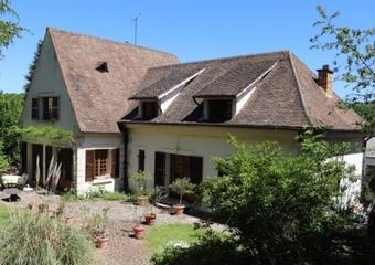 Location Maison 8 pièces 220m² Buc (78530) - Photo 1