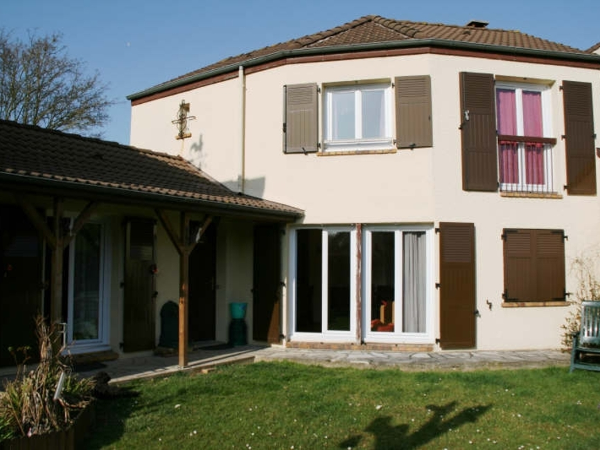 Renting House 4 rooms 85m² Guyancourt (78280) - photo
