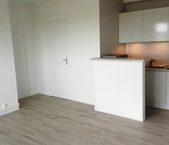 Sale Apartment 1 room 25m² Toussus-le-Noble (78117) - photo