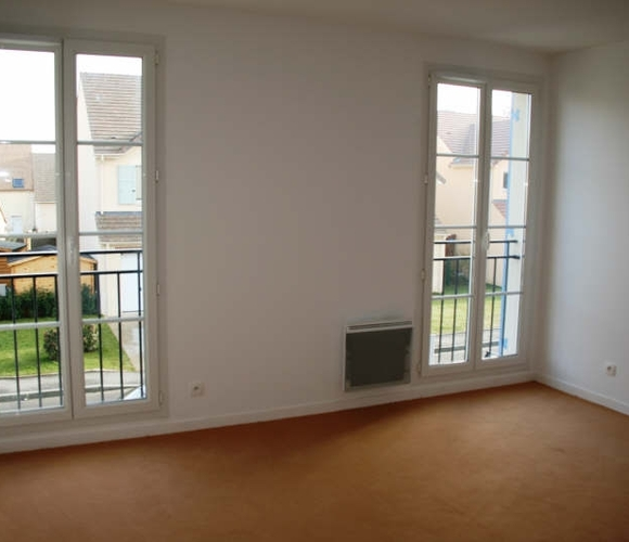 Renting Apartment 1 room 25m² Toussus-le-Noble (78117) - photo