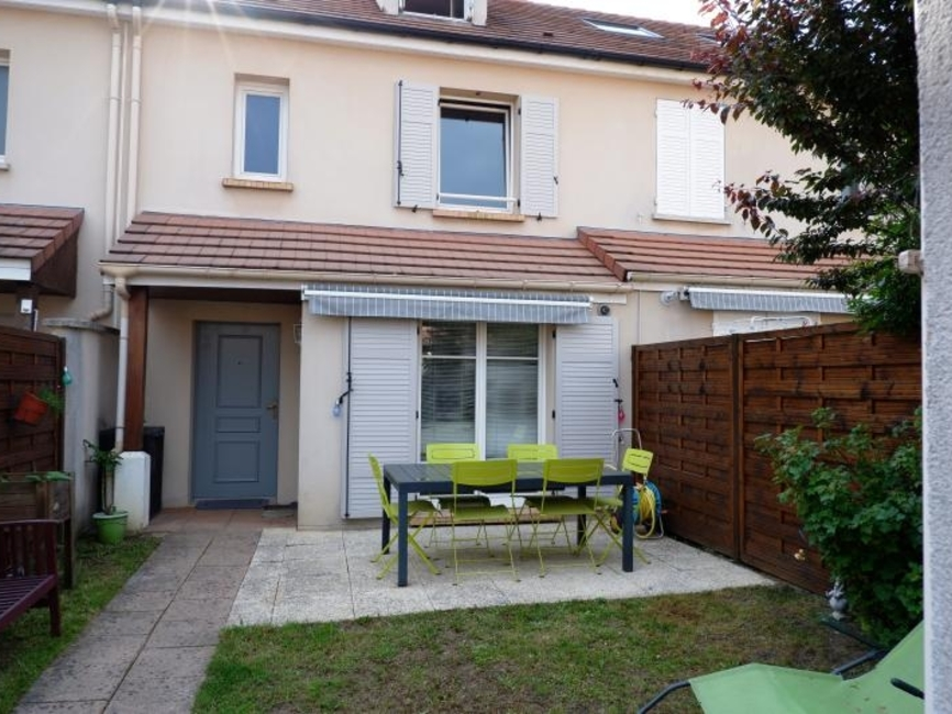 Sale House 5 rooms 99m² Les essarts le roi - photo