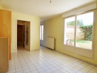 Vente Appartement 1 pièce 25m² Combs-la-Ville (77380) - Photo 1