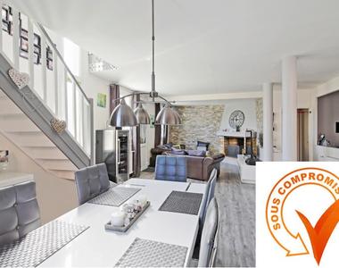 Vente Maison 5 pièces 104m² MOISSY CRAMAYEL - photo