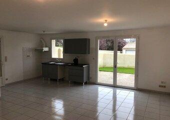 Location Maison 4 pièces 87m² Bussac-sur-Charente (17100) - Photo 1