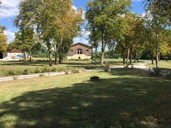 Vente Maison 16 pièces 1 000m² Landiras (33720) - Photo 1