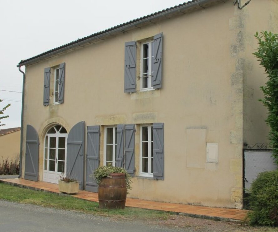 Sale House 8 rooms 240m² Saint-Brice (33540) - photo