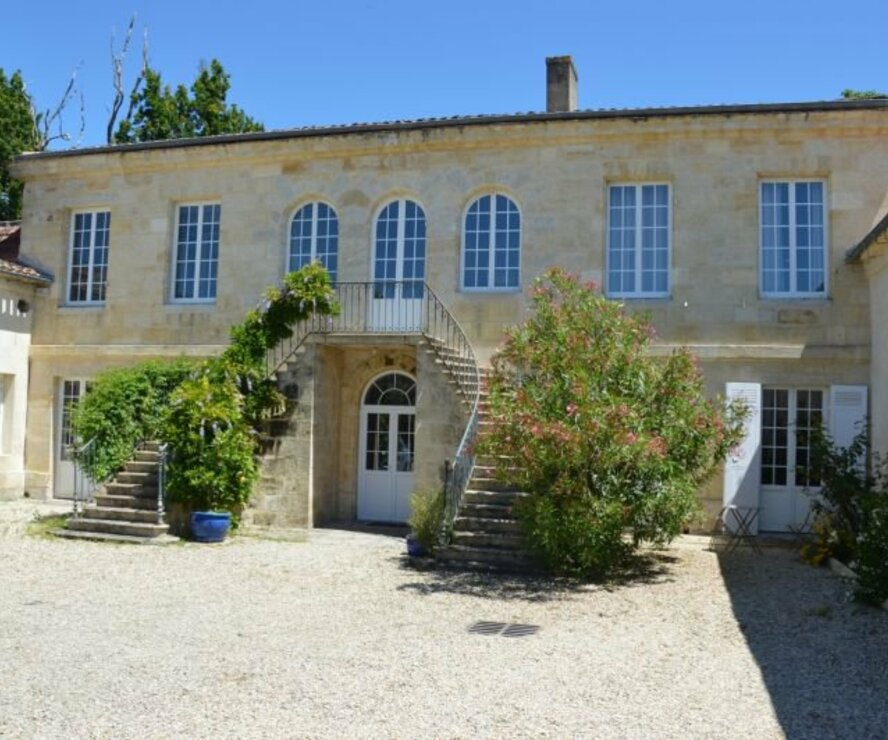 Sale House 15 rooms 1 300m² Beautiran (33640) - photo