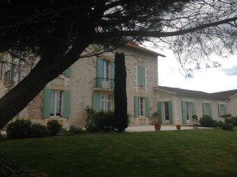 Vente Maison 10 pièces 250m² Sainte-Foy-la-Grande (33220) - Photo 1