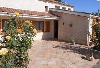 Vente Maison 8 pièces 140m² Branne (33420) - Photo 1