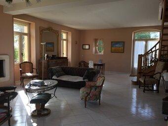 Vente Maison 12 pièces 590m² Pugnac (33710) - photo 2