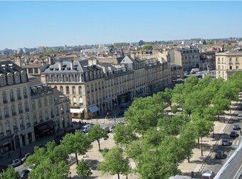Vente Appartement 5 pièces 102m² Bordeaux (33000) - photo 2