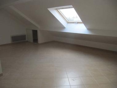 Location Appartement 2 pièces 31m² Chilly-Mazarin (91380) - photo