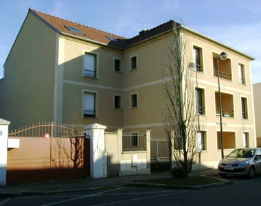 Location Appartement 2 pièces 46m² Orsay (91400) - photo