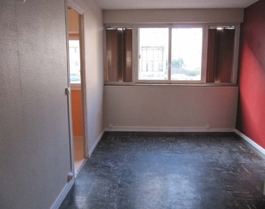 Location Appartement 2 pièces 33m² Massy (91300) - photo