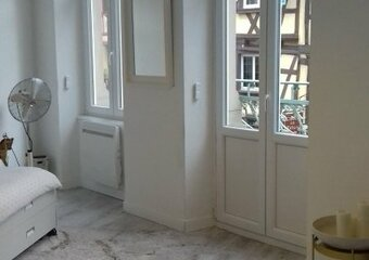Renting Apartment 2 rooms 60m² Colmar (68000) - photo