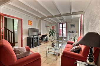 Sale House 4 rooms 110m² Pau (64000) - photo
