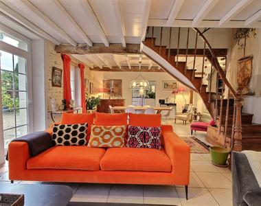 Sale House 5 rooms 195m² SAUVAGNON - photo