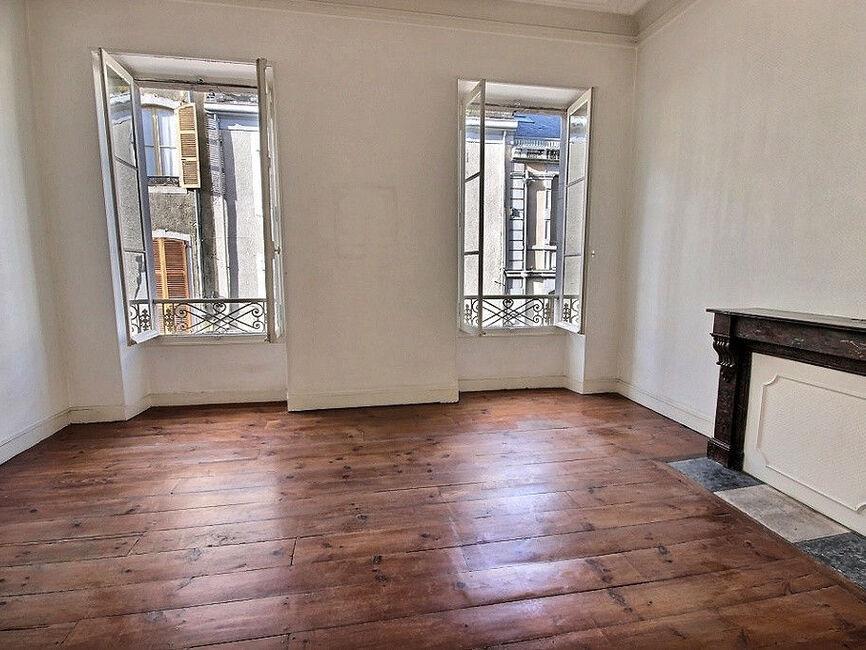 vente appartement 4 pi ces pau 64000 359042. Black Bedroom Furniture Sets. Home Design Ideas