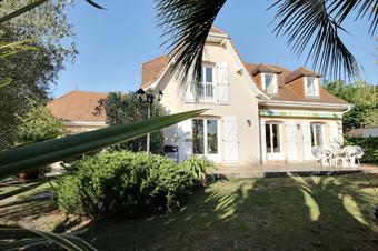 Sale House 7 rooms 170m² Lescar (64230) - photo