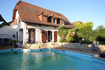 Sale House 6 rooms 182m² Lescar (64230) - photo