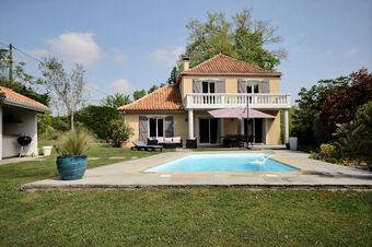 Vente Maison 6 pièces 160m² Gan (64290) - photo