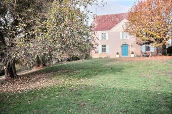Vente Maison 8 pièces 361m² Morlaàs (64160) - photo