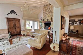 Sale House 7 rooms 260m² Idron (64320) - Photo 1