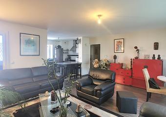 Sale Apartment 4 rooms 80m² PAU - photo
