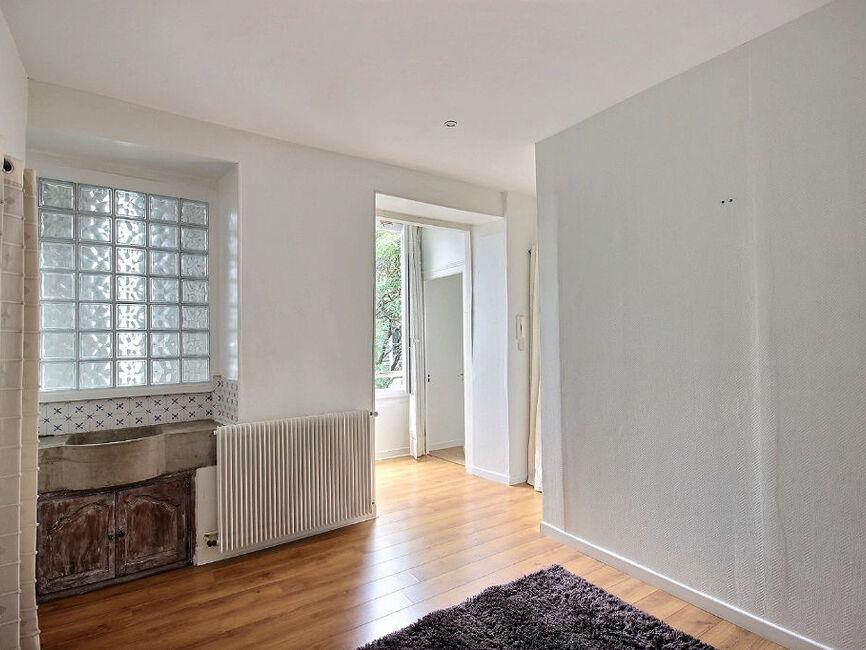 vente appartement 3 pi ces pau 64000 359412. Black Bedroom Furniture Sets. Home Design Ideas