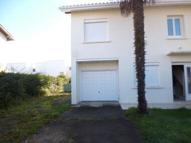 Sale House 5 rooms 90m² Pau (64000) - photo