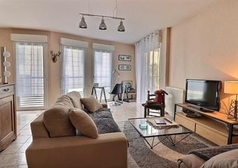 Sale Apartment 2 rooms 54m² PAU - Photo 1