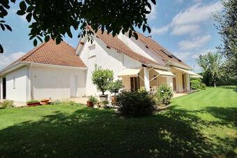 Vente Maison 7 pièces 188m² Assat (64510) - photo