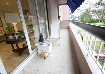 Sale Apartment 3 rooms 77m² PAU - Photo 1