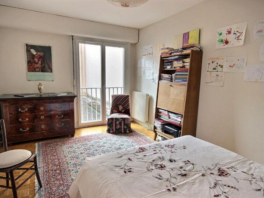 vente appartement 4 pi ces pau 64000 343387. Black Bedroom Furniture Sets. Home Design Ideas