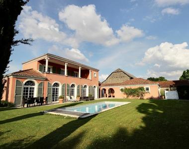 Sale House 7 rooms 210m² Idron (64320) - photo