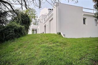 Sale House 8 rooms 279m² Idron (64320) - photo