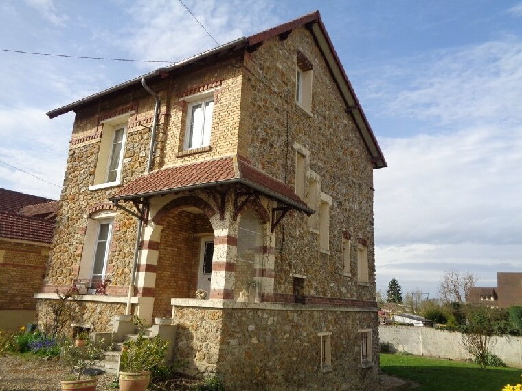 Vente Maison 5 pièces 115m² Beaumont-sur-Oise (95260) - photo