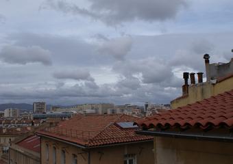 Location Appartement 1 pièce 38m² Marseille 02 (13002) - Photo 1