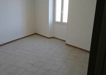 Location Appartement 1 pièce 30m² Marseille 02 (13002) - Photo 1