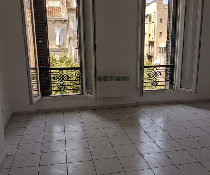 Renting Apartment 2 rooms 48m² Marseille 05 (13005) - photo